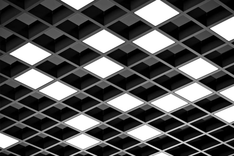 Серия Click. Светодиодные светильники для потолков грильято